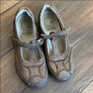 Stride Rite brown Mary Jane shoes